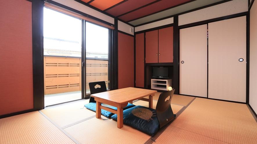 別棟離れ6畳◆シックな雰囲気で、落ち着きある和の空間で、とても人気です。温水洗浄トイレ&洗面付