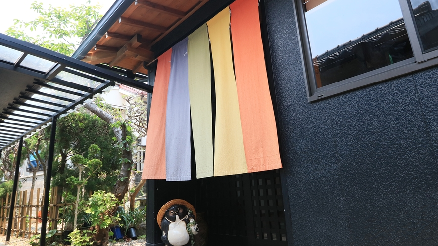 四季折々の美味しい海鮮料理と貸切信楽焼陶器風呂が自慢の日間賀島東港側に位置する大田へお越し下さい