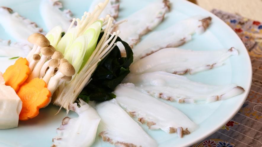 タコしゃぶしゃぶ◆丸茹で・刺身・唐揚げ・酢の物食べ方豊富です。新鮮なタコをさっぱり味わって下さい♪