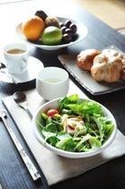 【朝食】デリバリー(有料)