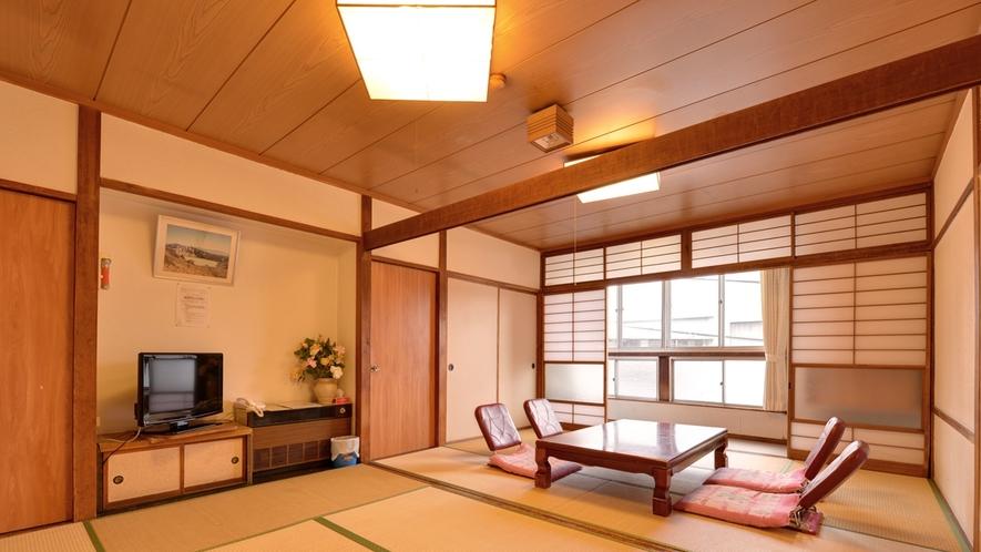 *和室12畳(客室一例)/グループやファミリーでのご宿泊に◎広いお部屋で団欒のひと時をお過ごし下さい