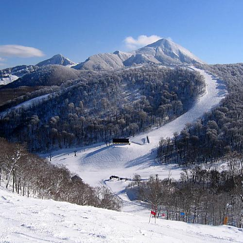 ネコマゲレンデより見る磐梯山