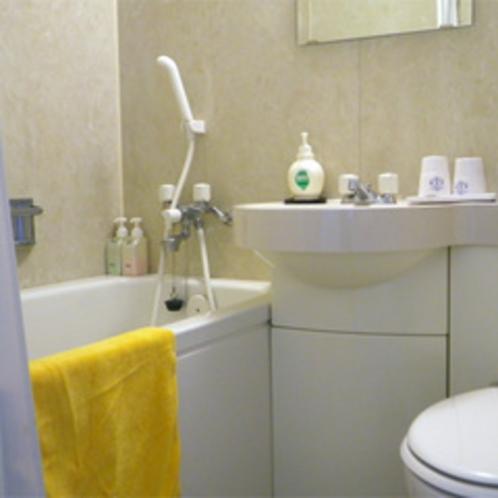 *【客室一例】洋室タイプのバスルーム。いつでも自由に使えるのが便利♪