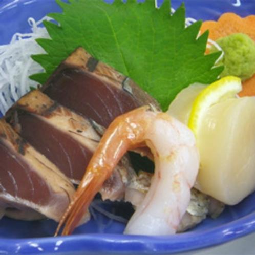 *【お夕食一例】海の幸も登場。季節により旬の食材を使用してお出しします。