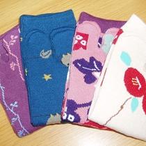 *女性限定特典のかわいい和柄の足袋靴下(一例)