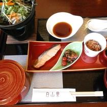 旅館ならではの和朝食をお召し上がりください(イメージ)