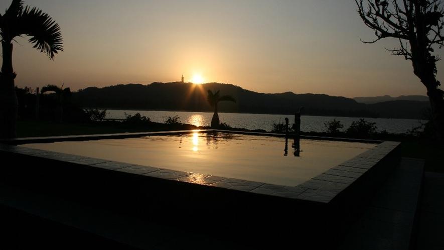 *【周辺】ビルやガスなど遮るものが何も無い離島では、陽の色もよりクリアに感じられます。