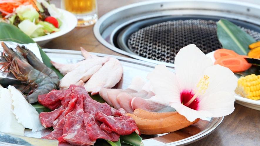 *【夕食一例】BBQでは西表牛あるいは八重山産和牛、琉球アグー豚など土地の食材を多く使用。