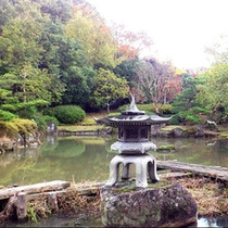 施設内の日本庭園散策道