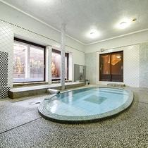 *【大浴場-女湯-】良質のラジウム泉は、肌さわり柔らかくお肌はすべすべに。老化防止に効果的です