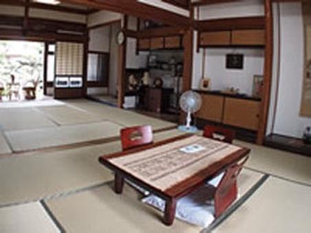 【主屋棟】和室〜1棟貸し〜【現金特価】