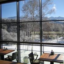 レストランからの冬の風景