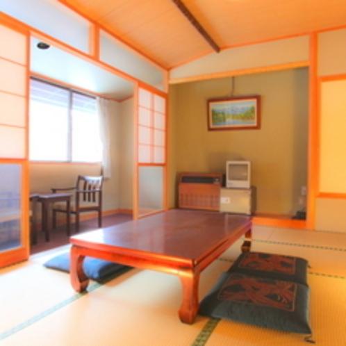 広々の新館10畳の和室。バス・トイレ付です。