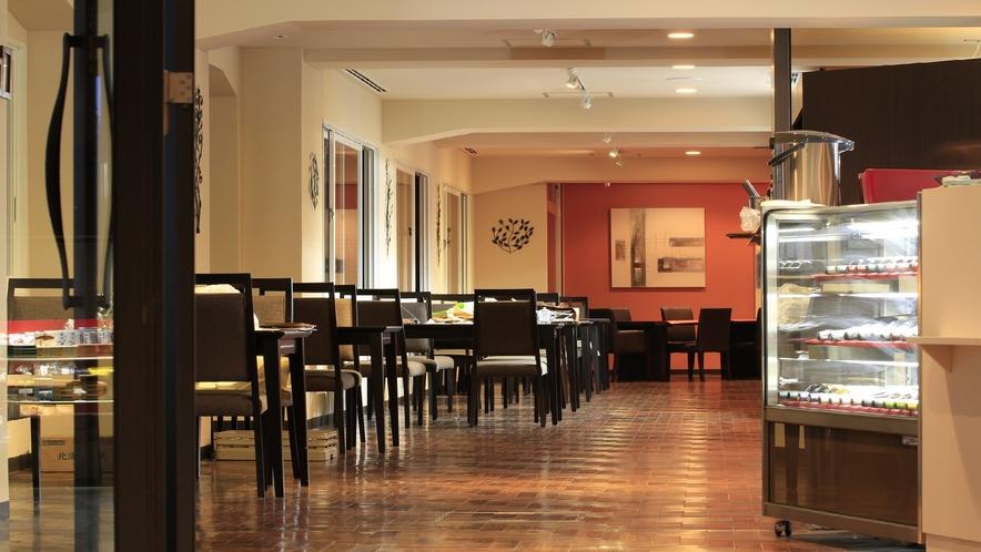 """イタリアンレストラン""""ビラブリガーデンテラス""""では季節の食材を使った欧風料理をお楽しみ頂けます。"""