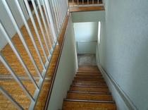 客室への廊下・階段