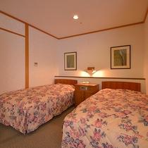 *和洋室一例/ベッドでおやすみをご希望の方に人気の和洋室。ゆったり過ごせます
