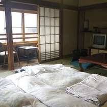 *和室10畳一例/お布団でぬくぬく心地よく