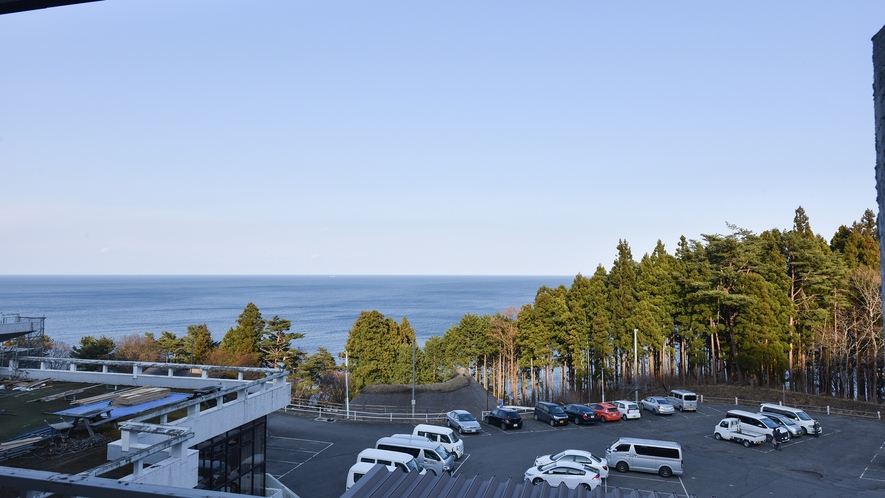 *【客室一例】客室からの眺望。全部屋から太平洋を一望!