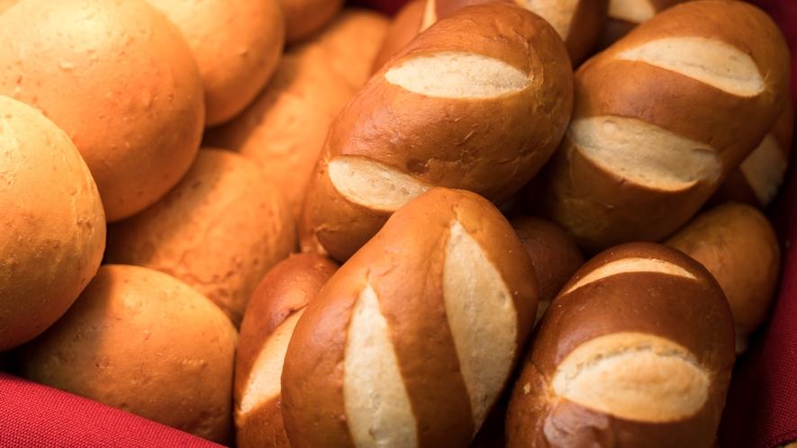 焼き立てパン④