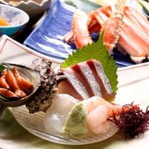 日本海で獲れた新鮮な魚介のお造り