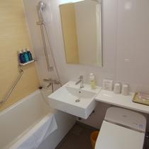 本館スタンダードオーシャンビュールームのバスルーム
