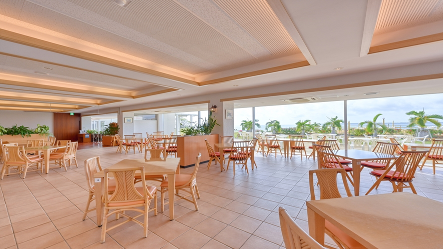 朝食会場:レストラン「ブーゲンの浜」