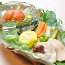 上州麦豚とさっぱり夏野菜の大皿料理