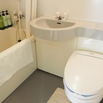和室12畳バストイレ(一例)