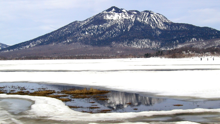 *厳しくも美しい、冬山の幻想的な風景です。