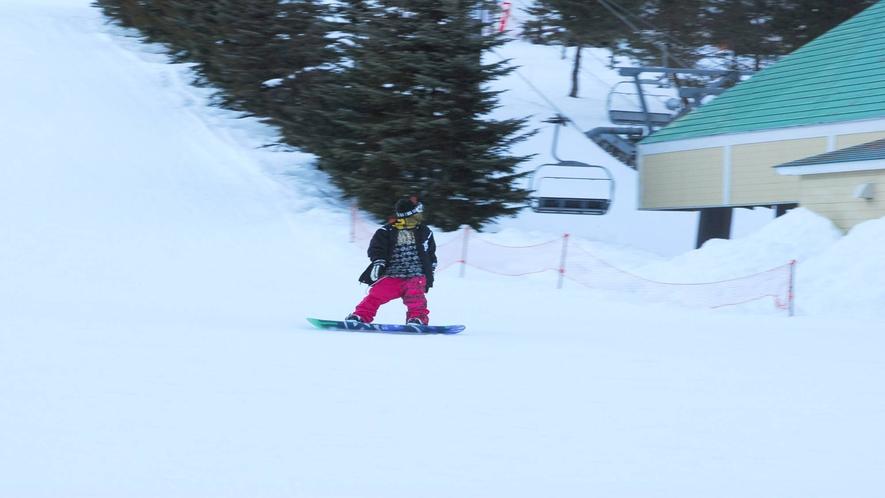 *ホワイトワールド尾瀬岩鞍スキー場/自然の地形を生かしたコースは楽しみ方満載!