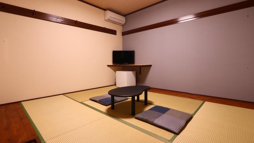 清潔感のある落ち着いた和室(6畳)です。