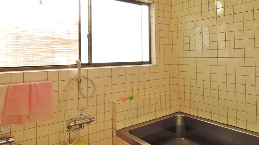 *【風呂】温泉ではございませんがのんびりお入り下さいね。