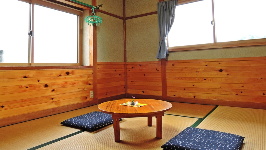 *【部屋】和室6畳一例でございます。Wi-Fiやアメニティをお部屋に完備しております。