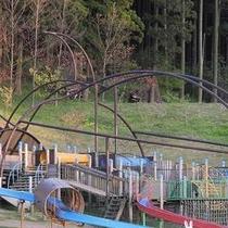 【カブトの森公園 ホテルより車で約6分】多目的公園 球技場、ジョギングコース等