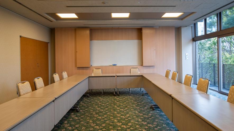 小ホール(会議室)