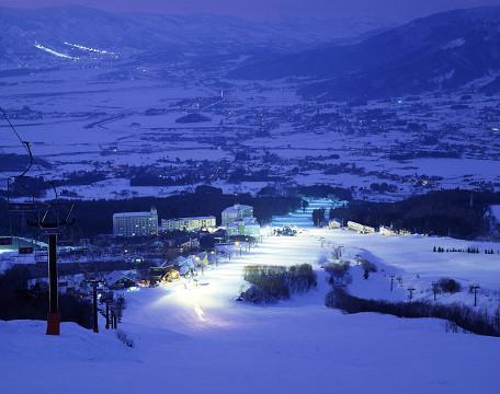 スキー場夜景