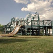 やまびこの公園 お子様に大人気「風の城」