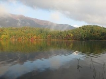 青木湖の紅葉