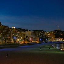 夜のホテル街