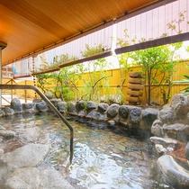 檜の湯-岩露天風呂