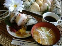 【無料】栄養満点の手作り健康朝食
