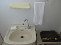 洋室洗面2