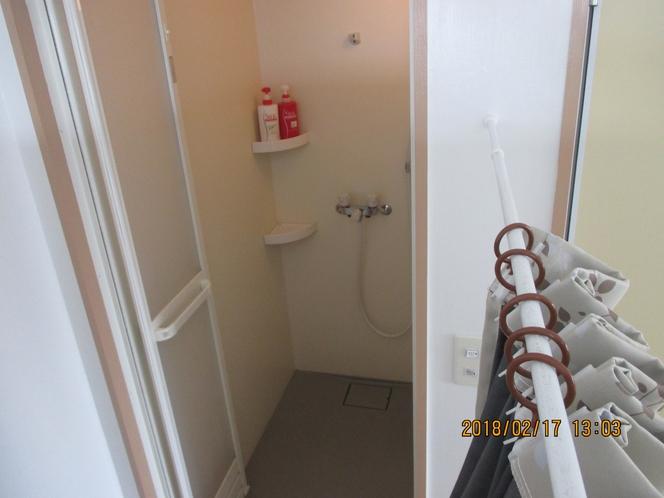 洋室シャワー2