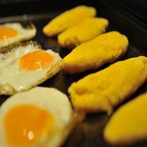 ■朝食バイキング 出来立てオムレツ