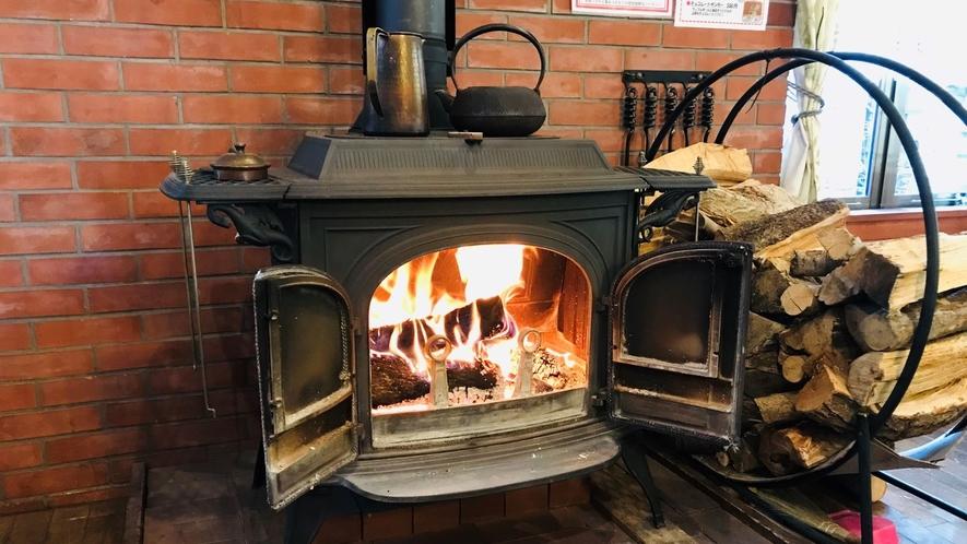暖炉の温もり