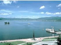 諏訪湖(車で20分)