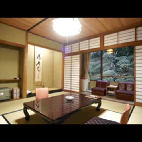 ★一番人気・純和風の大正浪漫香る寛ぎの8畳広縁付の和室