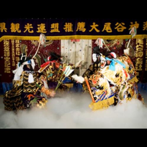 大迫力の石見伝統芸能『石見神楽」を堪能、毎週土曜日開催予定の機会にぜひお越しくださいませ。
