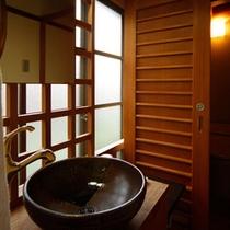 ★洗浄トイレ付★WiーFi無料接続★貸切風呂は無料です