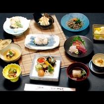 ★海幸・山幸が満載の厳選食材の懐石料理のお部屋食のご夕食